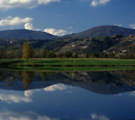 Roche Condrieu montagnes Rhône Alpes